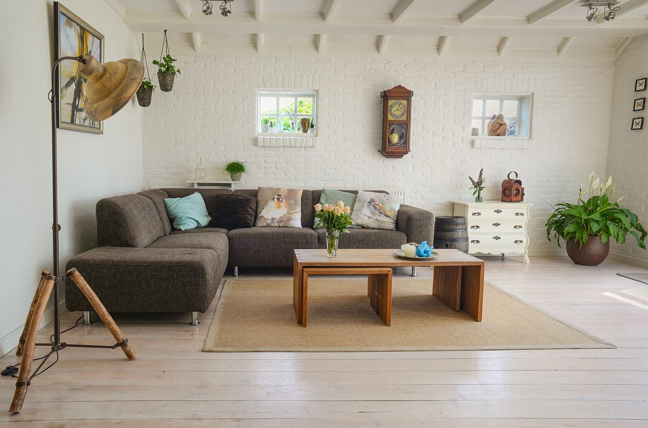 lun des lments importants dans la dcoration dun salon est sans aucun doute la couleur ainsi pour relooker votre salon vous devez choisir les bonnes